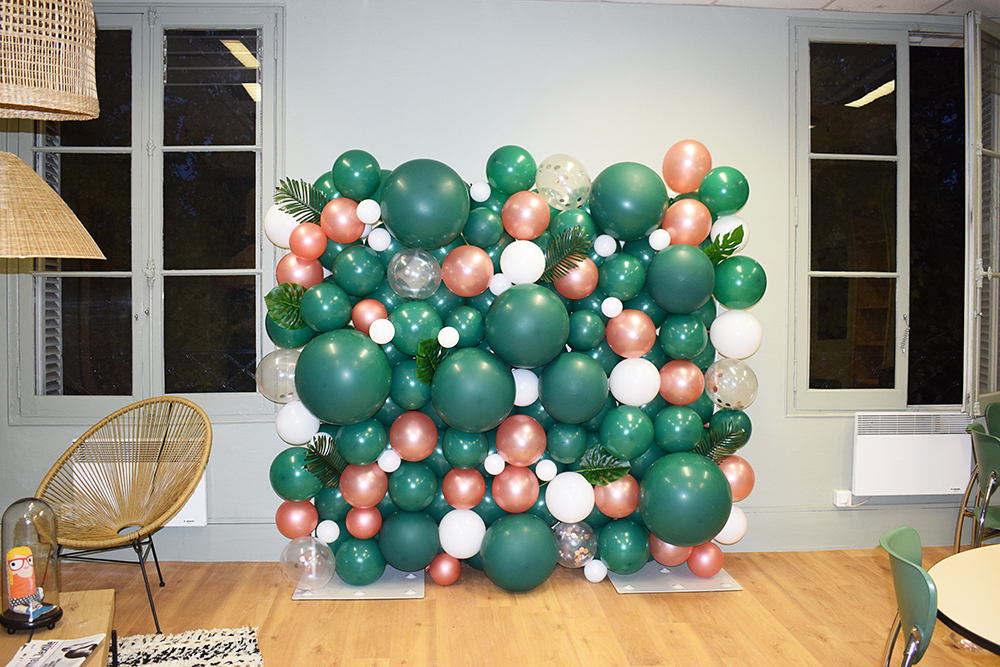 mur-ballons-tropical-photocall