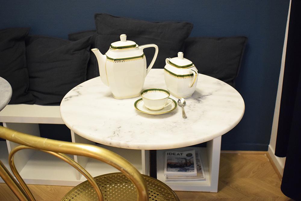 décoration café maison paon Tours