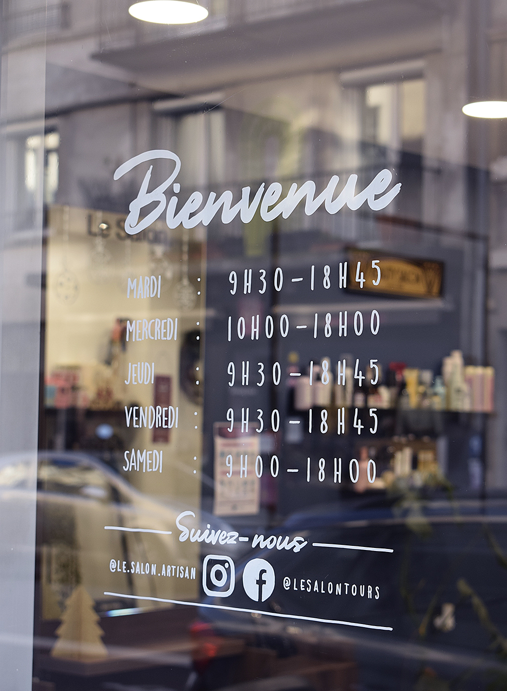 horaires vitrine coiffeur